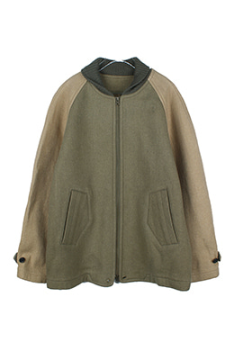 TWO-TONE RAGLAN SLEEVE JACKET