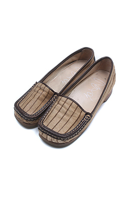 MOCCASIN LOAFER