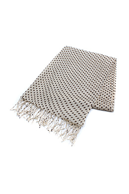 DOT PATTERNED SHAWL